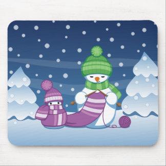 Tapis De Souris Écharpe astucieuse de tricot de bonhomme de neige