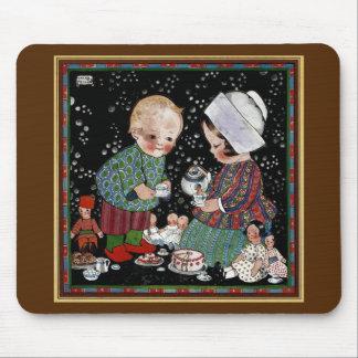 Tapis De Souris Enfants vintages ayant un thé de prétention