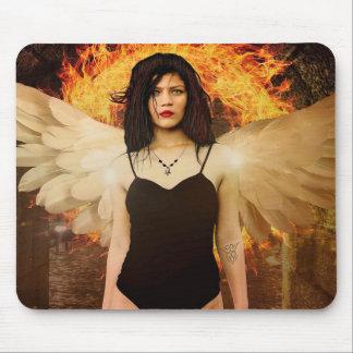 Tapis De Souris Femme gothique d'ange avec les ailes et le feu