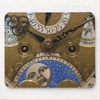 Tapis De Souris Fermez-vous d'une vieille horloge, Allemagne