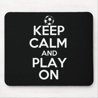 Tapis De Souris Gardez le calme et le jeu sur le football