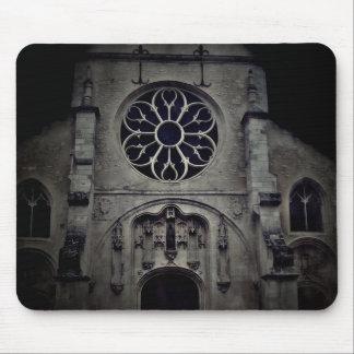 Tapis De Souris Image foncée éffrayante de cathédrale