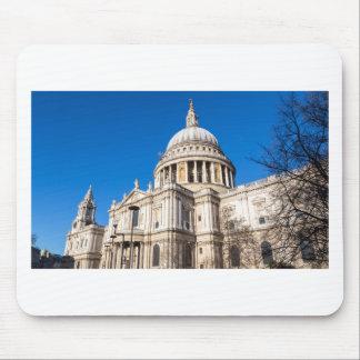 Tapis De Souris La cathédrale Londres de St Paul avec le ciel bleu