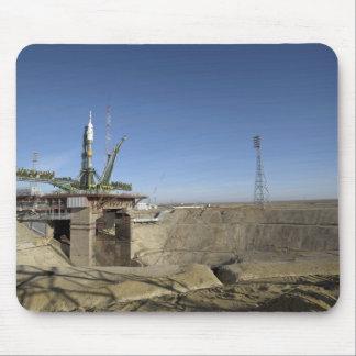 Tapis De Souris La fusée de Soyuz est érigée en le place 5