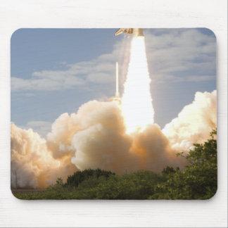 Tapis De Souris La navette spatiale l'Atlantide enlève 8