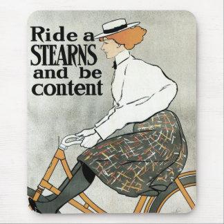 Tapis De Souris L'art vintage Nouveau, montent des vélos de