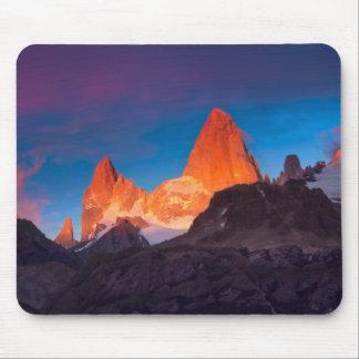 Tapis De Souris Mt Fitz Roy au lever de soleil