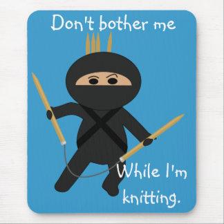 Tapis De Souris Ninja avec les aiguilles de tricot circulaires