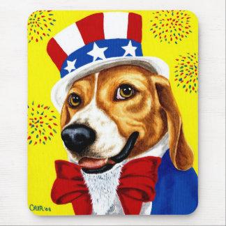 Tapis De Souris Quatrième de chien de beagle de juillet