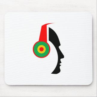Tapis De Souris Rasta a coloré la silhouette d'écouteurs