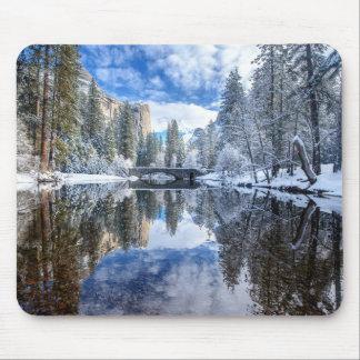 Tapis De Souris Réflexion d'hiver chez Yosemite