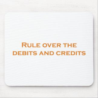 Tapis De Souris Règle au-dessus des débits et des crédits