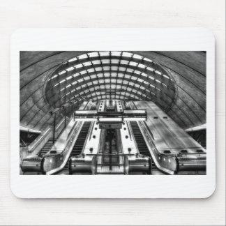 Tapis De Souris station de métro jaune canari de quai