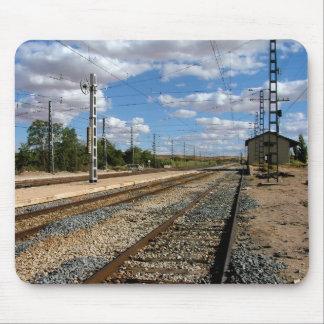 Tapis De Souris Voies de train dans une halte de Tolède
