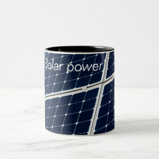 Tasse 2 Couleurs Image d'un panneau d'énergie solaire drôle