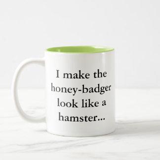 Tasse 2 Couleurs Le blaireau de miel est un hamster… Humour