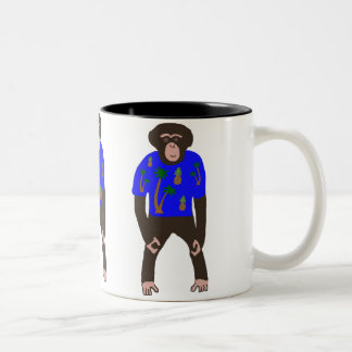 Tasse à deux tons montrant le chimpanzé dans une