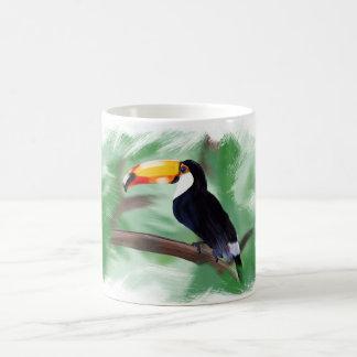 Tasse animale peinte par toucan avec l'arrière -