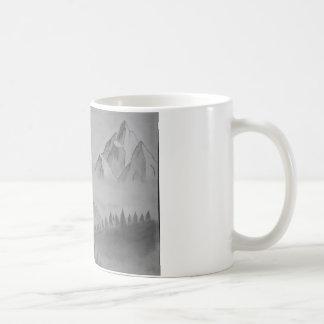 Tasse avec des montagnes