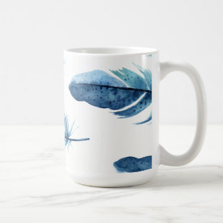 Tasse bleue de plume