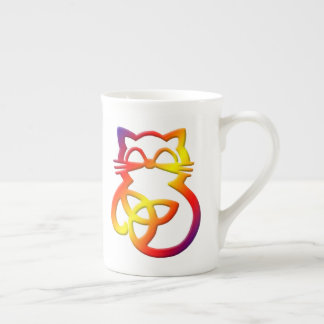 Tasse celtique de porcelaine tendre de chat de