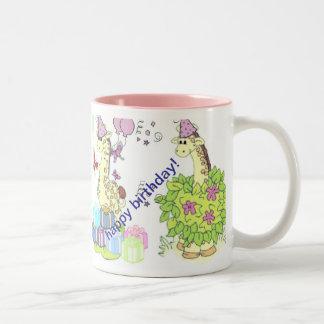 tasse d'anniversaire pour des enfants