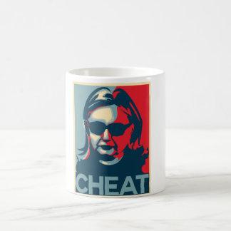 Tasse d'Anti-Hillary Clinton de FRAUDE