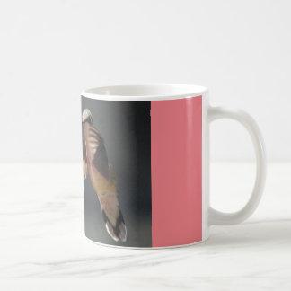 tasse de café avec le repos de colibri…