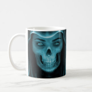 Tasse de café de crâne de rayon X de femme