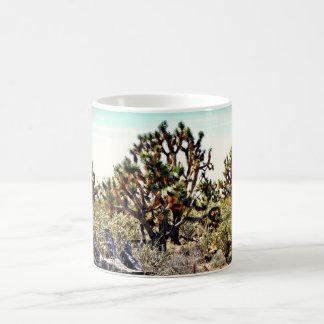 Tasse de café de forêt d'arbre de Joshua