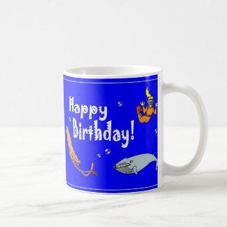 Tasse de café de scène d'océan de joyeux