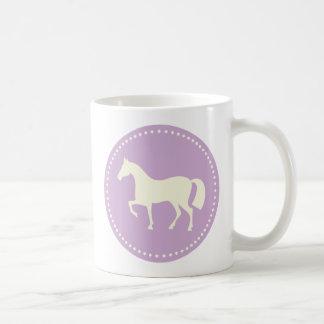Tasse de café de silhouette de cheval ou de poney