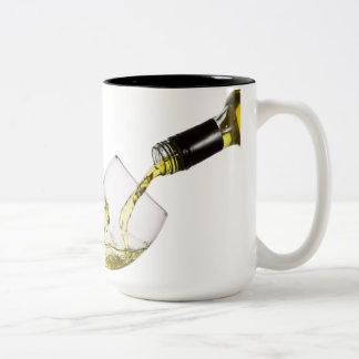 Tasse de café faite sur commande de versement de