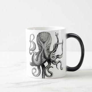 Tasse de café nautique de poulpe