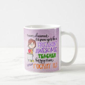 Tasse de café, professeur impressionnant de