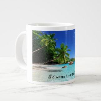 Tasse de café tropicale de paradis