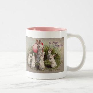 Tasse de café vintage de lapin de vacances de