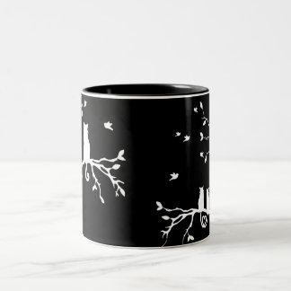 Tasse de chat blanc et noir