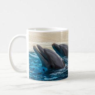 Tasse de dauphins