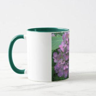 Tasse de fleur de lavande d'hortensia