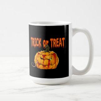 Tasse de Halloween de festin de citrouille