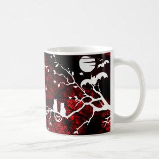Tasse de hibou et de café de chats