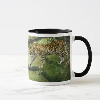 Tasse de léopard de jungle