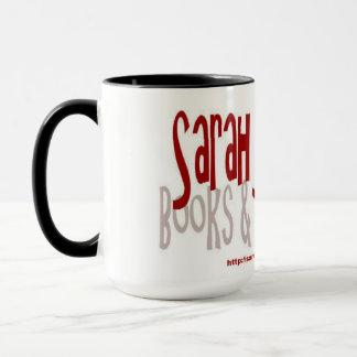Tasse de livres et de critiques de livre de Sarah