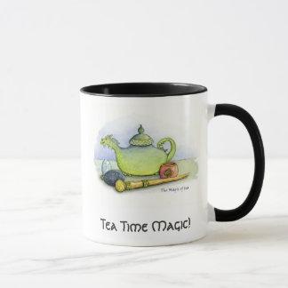 Tasse de magie de temps de thé
