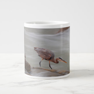 Tasse de pêche de héron de grand bleu