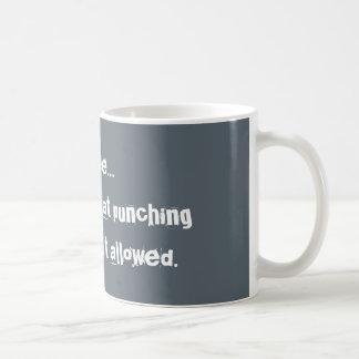 Tasse de poinçon de gorge de café