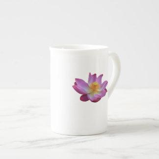 Tasse de porcelaine tendre de fleur de Lotus