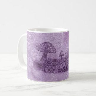 Tasse de pré de champignons