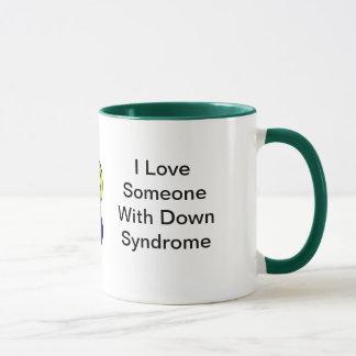 Tasse de syndrome de Down d'amour